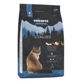 Chicopee Holistic Nature Line Sterilized - корм для взрослых стерилизованных кошек