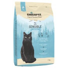 Chicopee Classic Nature Line Sensible - корм для взрослых котов гипоаллергенный с ягненком